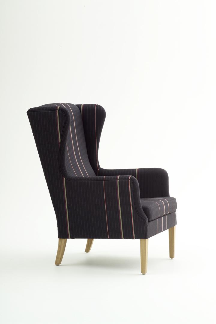 Nielaus sofa brugt – Skrivebord til højseng